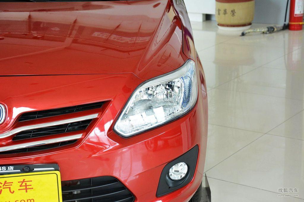 2012款长安悦翔V3 1.3L手动舒适型 京V高清图片