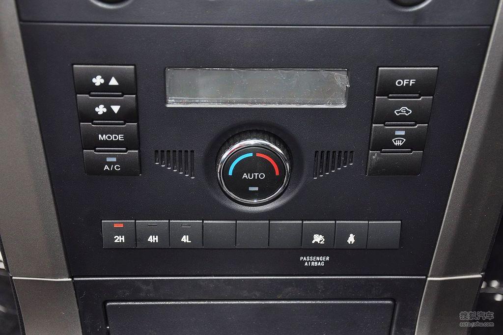 2012款长城哈弗h3 2.0l手动四驱锐意版   空调控制面板