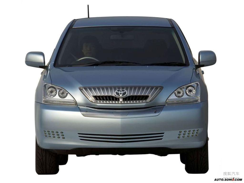 2003款丰田suhv concept