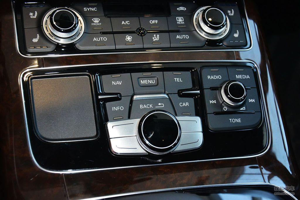 询底价看配置 2014款奥迪a8l 50tfsi quattro豪华型 - 空调控制面板