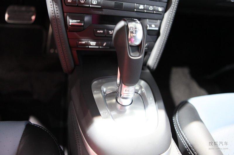 法拉利911红色_【 保时捷911图片】_保时捷911 Turbo S车展实拍_搜狐汽车网