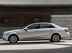 奔驰E级长轴距 E260L CGI时尚型(加长版)