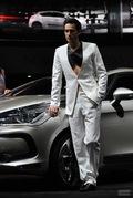 2011广州车展现代1号男模