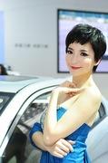 2011广州车展力帆4号车模