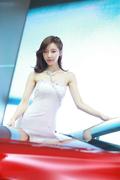 韩国车模甜美可爱气质迷人圈粉无数