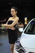 2011广州车展现代8号车模