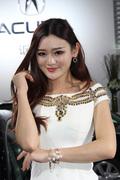2013郑州车展美女车模