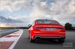 奥迪S5运动车型凌厉登场 驾驭操控去诠释