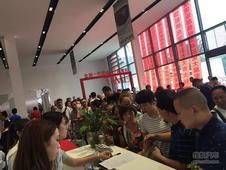 信心之选 彭州宝卓别克4S店8月12号开业