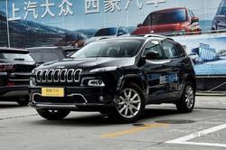 购jeep自由光车型限时优惠3.5万元现车足