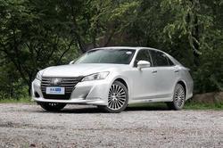 [成都]皇冠现车供应全系享受2.5万元优惠
