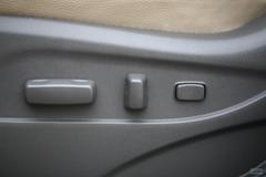 现代ix352.4GLS 手自一体 四驱领航版座椅调节图片