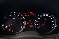 现代瑞纳两厢1.4L 自动 豪华型仪表板图片