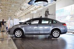 雪铁龙世嘉三厢1.6L 自动 时尚型(冠军版)正侧图片