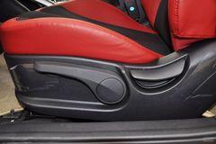 现代飞思Veloster1.6L 自动舒适版座椅调节图片