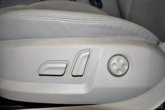 奥迪A31.8TFSI 豪华型座椅调节图片