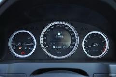 奔驰C级C 180 K 经典型仪表板图片