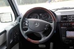 奔驰G级G500方向盘图片