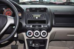 理念S11.3L AT舒适型中控台图片