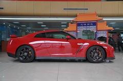 日产GT-R3.8L 美规旗舰版正侧图片