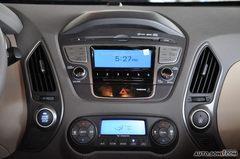现代ix352.4GLS 手自一体 尊贵版中控台图片