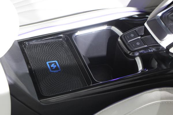 预计12月上市 上汽大通G50实车正式发布