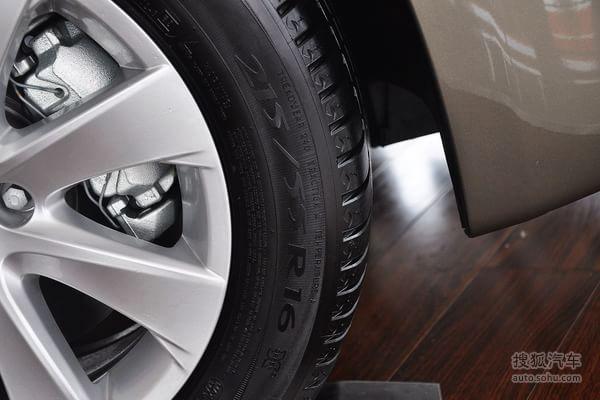 雪铁龙大c4毕加索的轮胎型号:高清图片