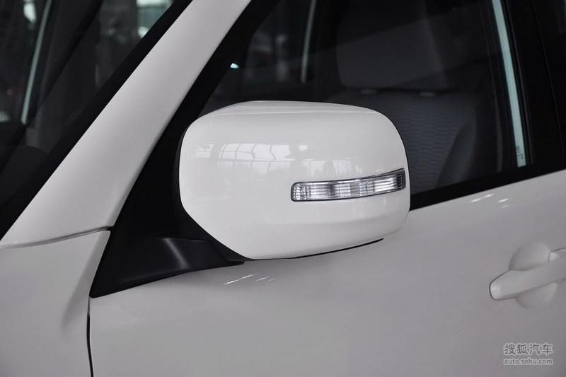 三菱广汽三菱帕杰罗劲畅2013款三菱帕杰罗劲畅2.4l手动两驱高清图片