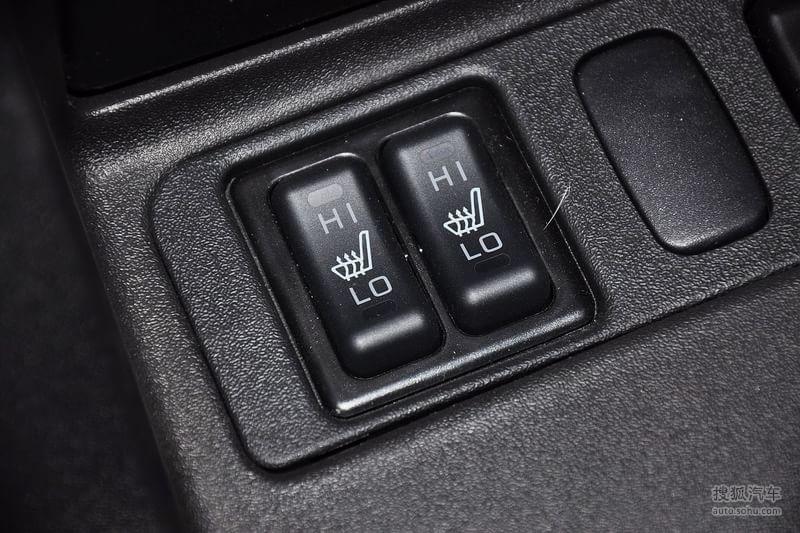 三菱广汽长丰帕杰罗2011款广汽三菱帕杰罗3.0GLS自动四驱...