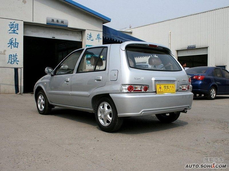 一汽天津一汽夏利N3 两厢2009款夏利N3两厢