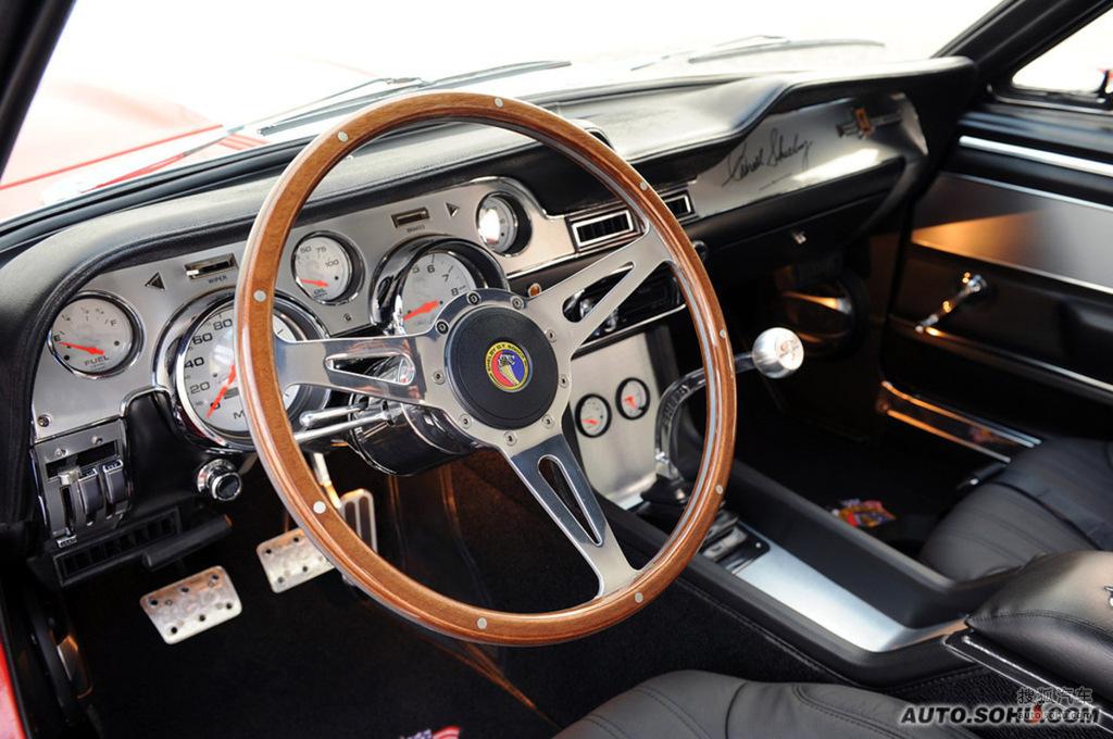Mustang T416803