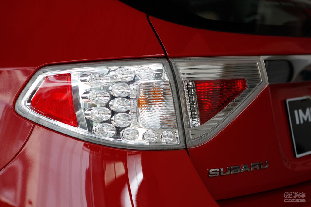 斯巴鲁翼豹两厢2009款2.0r 运动版外观炫彩亮红t528047高高清图片