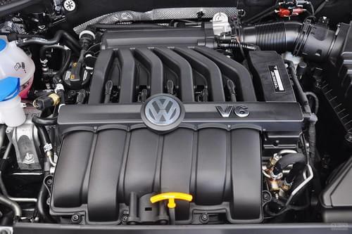 2013款大众全新帕萨特3.0 V6旗舰尊享版