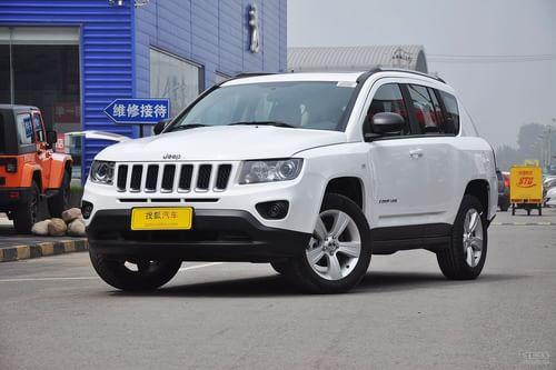 2013款Jeep指南者2.0L两驱运动版