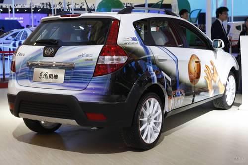 风神H30 Cross 上海车展实拍