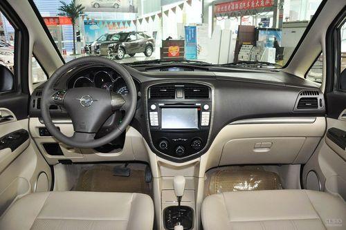 2013款海马普力马1.8L CVT七座尊享版