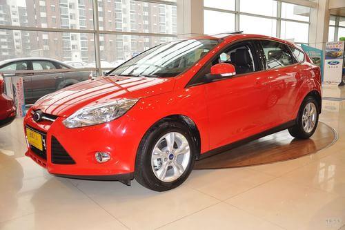 2012款福特福克斯两厢1.6L手动风尚型
