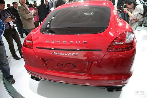 保时捷Panamera GTS 洛杉矶车展实拍
