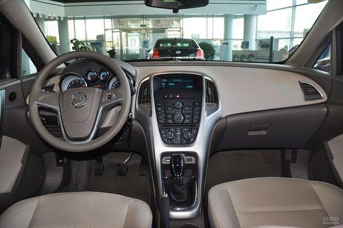 2013款别克英朗GT 1.6L手动进取型