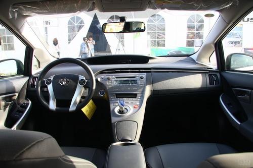 2012款丰田普锐斯1.8L试驾实拍