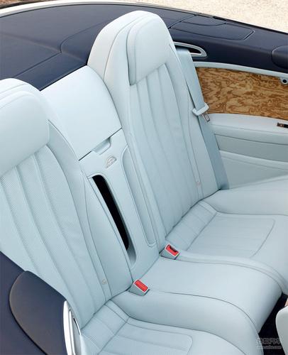 试驾新款欧陆Continental GTC