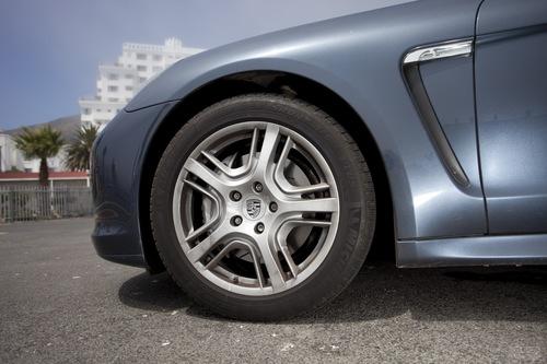 保时捷 Panamera S Hybrid 实拍 外观 图片