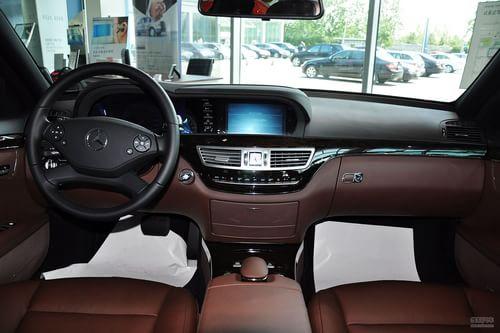 2010款奔驰S300L 商务型到店实拍