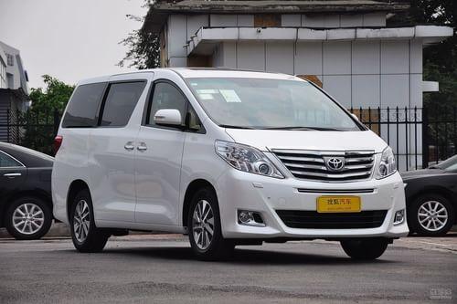 2012款丰田埃尔法2.4L豪华版