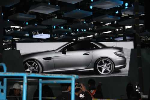 奔驰全新SLK 2011上海车展探营实拍