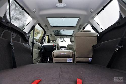 舒适的法式多功能车 试雷诺大风景舒适版