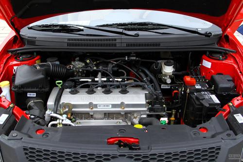 2012款吉利英伦SC6 1.5L手动尊贵型试驾实拍