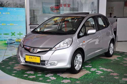 2011款本田飞度1.5L自动豪华型到店实拍