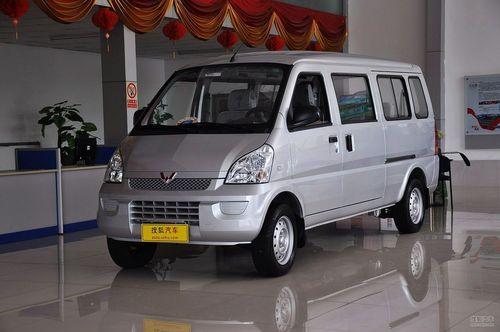 2012款五菱荣光1.2L基本型LJY