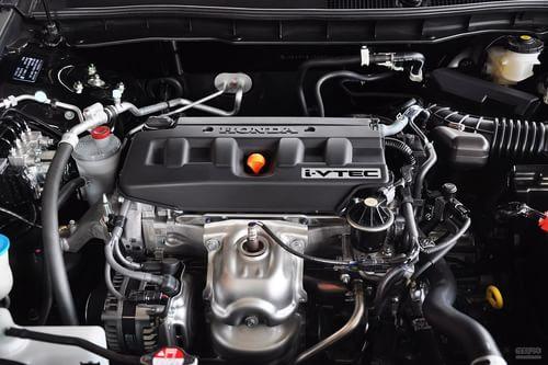 2013款本田雅阁2.0L LX